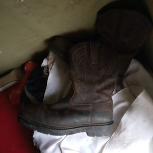 Cody James Mens 9.5 And 10 Square toe Work boots for Sale in Bakersfield, CA