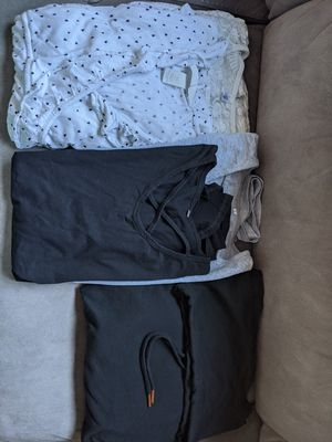 Small Maternity Clothes for Sale in Lake Stevens, WA