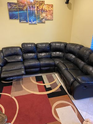 Sectional couch recliner for Sale in Lake Worth, FL