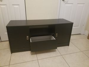 TV stand $65 for Sale in Hialeah, FL