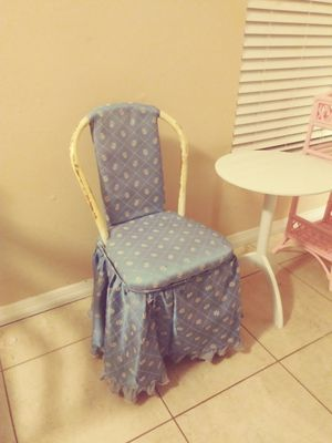 Antique child's chair for Sale in Naples, FL