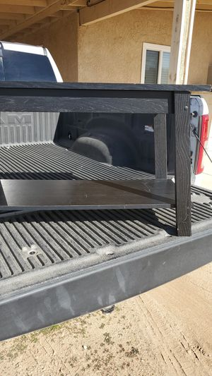 Tv stand for free for Sale in Hesperia, CA