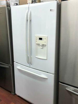 Refrigerator tres puertas. for Sale in Orlando, FL