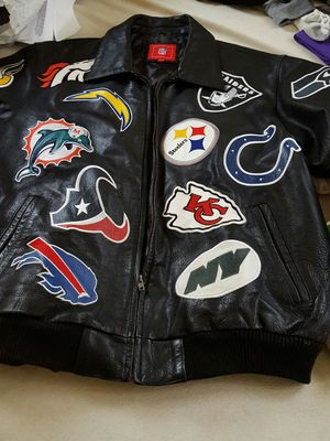 Leather NFL TEAMS Coat size L for Sale in Cleveland, OH