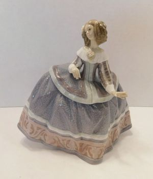 "Lladro Figurine Retired #5412 ""Isabel"" for Sale in Covina, CA"