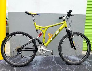 GT XCR 4000 Full Suspension Mountain Bike, Aluminum. Size : 52cm Good Condition. for Sale in Plantation, FL