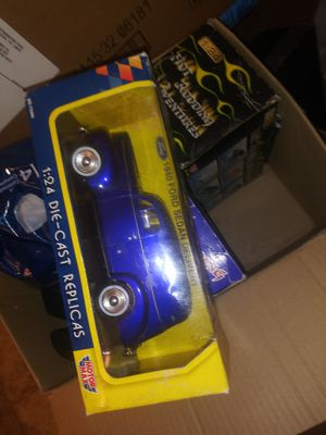 1:24 scale cars for Sale in Silver Spring, MD