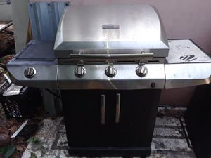 BBQ Grill everything working for Sale in Miami, FL
