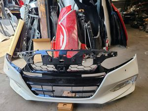 2018 - 2020 Honda Accord sedan Front Bumper with lower grill & Headlights Rh, Lh, Hood all oem parts for Sale in Los Angeles, CA