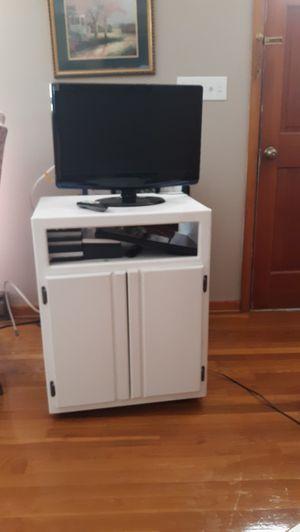 Microwave/tv stand for Sale in Orange, VA