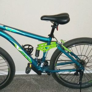 Genesis V.2100 mountain bike for Sale in Fort Worth, TX