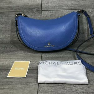 FREE SHIPPING, MICHAEL KORS Camden Small Messenger Leather Crossbody in Vintage Blue for Sale in Houston, TX