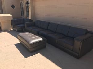 5-piece Sectional Couch, Dark Brown Leather, FREE DELIVERY AND SHIPPING IN THE THE PHX METRO AREA! for Sale in Scottsdale, AZ