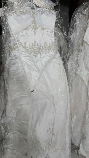 Wedding dresses for Sale in Chicago, IL