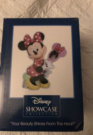 VHTF Disney SHOWCASE MINNIE MOUSE for Sale in Oceanside, CA