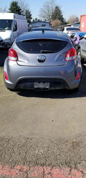 2014 Hyundai Veloster part out for Sale in Troutdale, OR