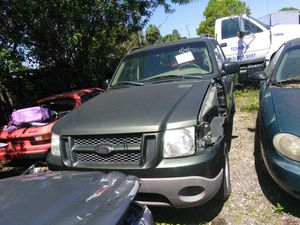 2001 ford explorer truck parts for Sale in Tampa, FL
