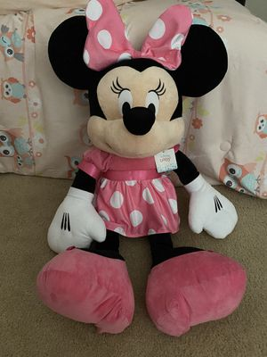 COMPLETELY BRAND NEW WITH ORIGINAL DISNEY TAGS!! JUMBO PLUSH MINNIE MOUSE!! (36 INCHES TALL)!! for Sale in San Diego, CA