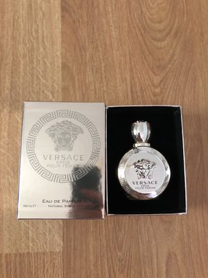 Versace Eros Pour Femme 1.7 oz for Sale in St. Louis, MO