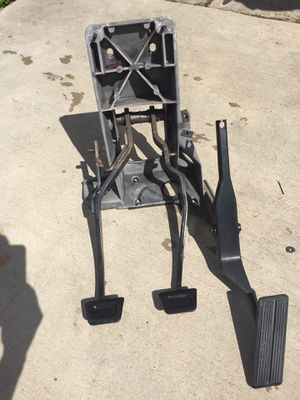 94-97 dodge Ram clutch pedal assembly nv4500 nv5600 conversion for Sale in Miami Lakes, FL