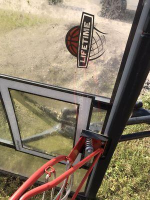 Basket ball hoop for Sale in Ruskin, FL