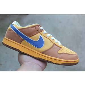 "NIKE DUNK LOW PREMIUM SB ""NEWCASTLE"" for Sale in Bakersfield, CA"