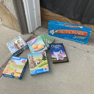 Puzzles for little ones, cd, games for Sale in Anaheim, CA