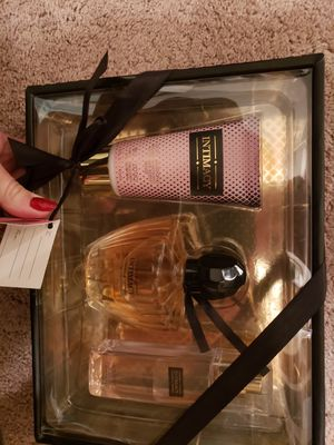 Intimacy perfume set for Sale in West Sacramento, CA