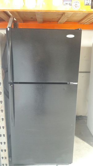 Whirlpool fridge for Sale in Anaheim, CA
