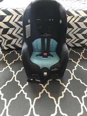 Evenflo Tribute car seat infant to 40lbs for Sale in Queens, NY