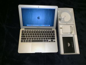 """Apple Macbook Air 11.6"""" i7 CPU 8gb Ram 500gb SSD MINT condition /w Charger & extension cable for Sale in Doral, FL"""