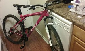 GT mountain bike for Sale in Silver Spring, MD