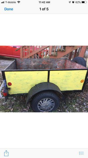 Utility trailer 4'x6' wth title for Sale in Overland, MO
