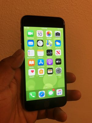 IPhone 6s 32GB Unlocked for any carrier AT&T Cricket Sprint Metro T mobile Verizon Telcel GSM Movistar etc for Sale in Norco, CA