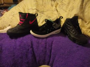 Nike Boots size1Y girls.. Jordan shoes Black 1.5Y. Black in teal 2Y for Sale in Taylor, MI