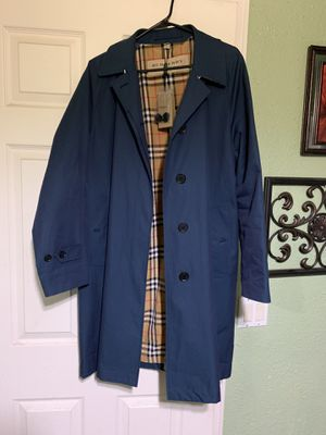 Authentic Burberry Coat for Sale in Aurora, CO