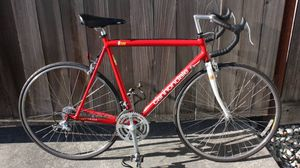 56cm Cannondale R500 vintage road bike for Sale in Mukilteo, WA