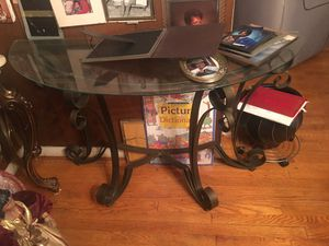 Console table for Sale in Bowie, MD