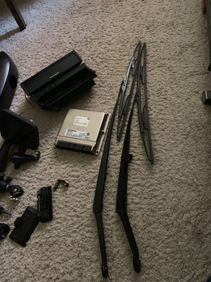 BMW windshield wipers arm set- Bosch for Sale in Folsom, CA
