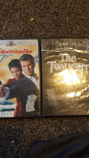 007 and the twilight zone vol 4 for Sale in Quincy, IL