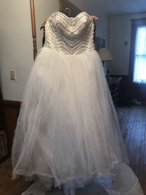 Size 12 Wedding Dress for Sale in Raleigh, NC