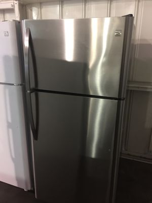 Kenmore top freezer fridge for Sale in San Luis Obispo, CA