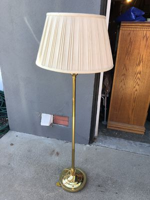 Mid Century Lamp for Sale in Pismo Beach, CA