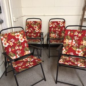 NEW FOLDING PATIO CHAIRS for Sale in Pomona, CA