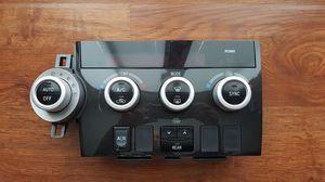 09 and up Sequoia climate control panel for Sale in Virginia Beach, VA