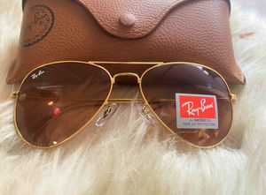 Brand New Authentic RayBan Aviator Sunglasses for Sale in Paradise Valley, AZ