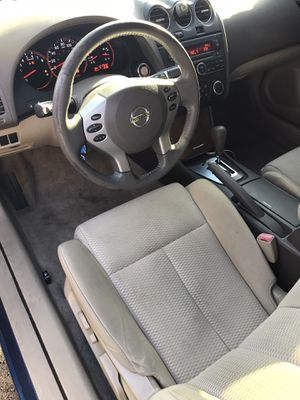 Hi I'm selling my clean 2008 Nissan Altima for Sale in Washington, DC