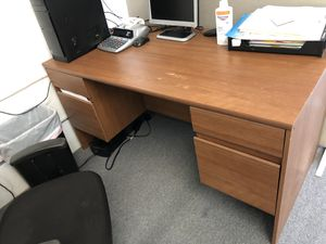 Office desk. Wood. 60 x 29 x 29. 4 drawer for Sale in Fort Lauderdale, FL