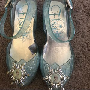 Elsa light up heels bought from Disneyland size 7.5 toddler for Sale in Antioch, CA