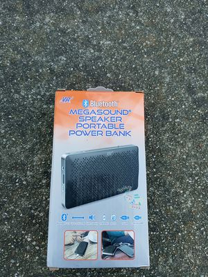 Mega sound bluetooth speaker and phone charger for Sale in Oakland, CA